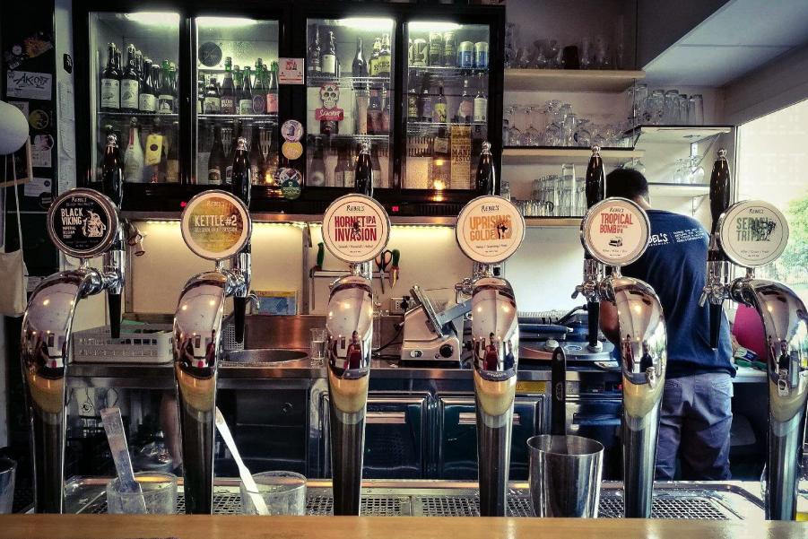 gentle boozers pub roma